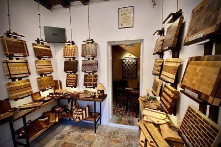 Boaz Handcrafted Woodwork Opens Doors in Veliko Tarnovo